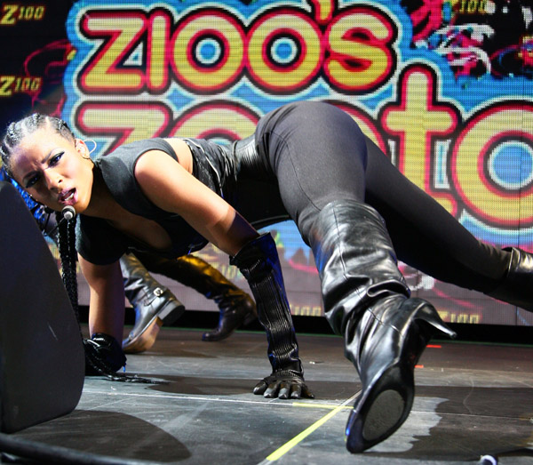 Ciara performs on stage during Z100's Zootopia 2009 presented by IZOD FRAGRANCE at Izod Center on May 16, 2009 in East Rutherford, New Jersey.